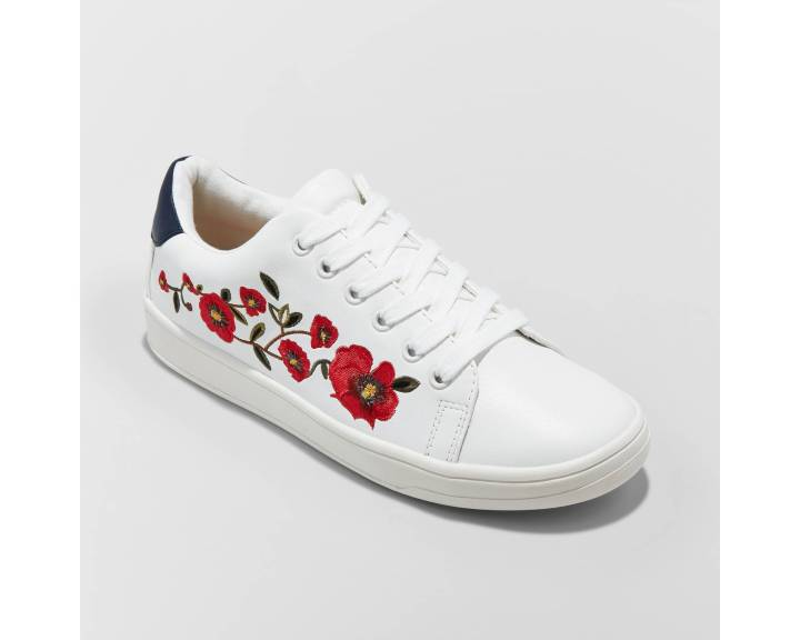 embroideredsneakers
