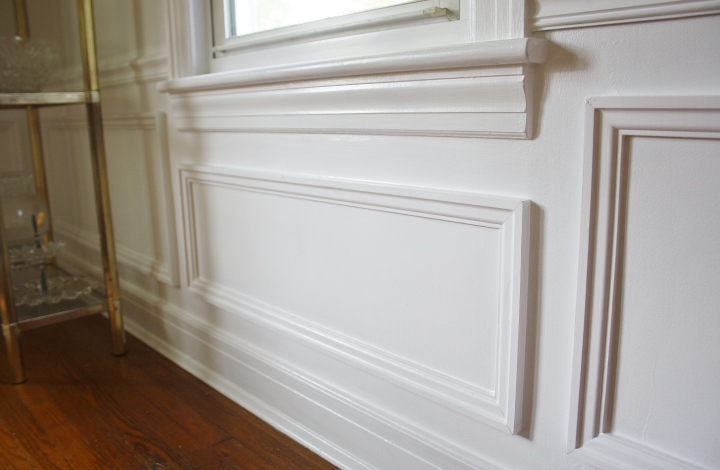 Picture Frame Wainscoting DIY