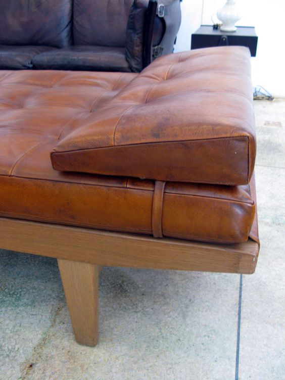 leatherbench