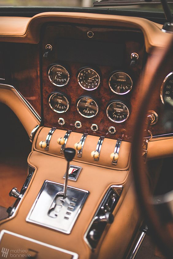 leathercar