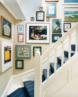 stairwaygallerywall3