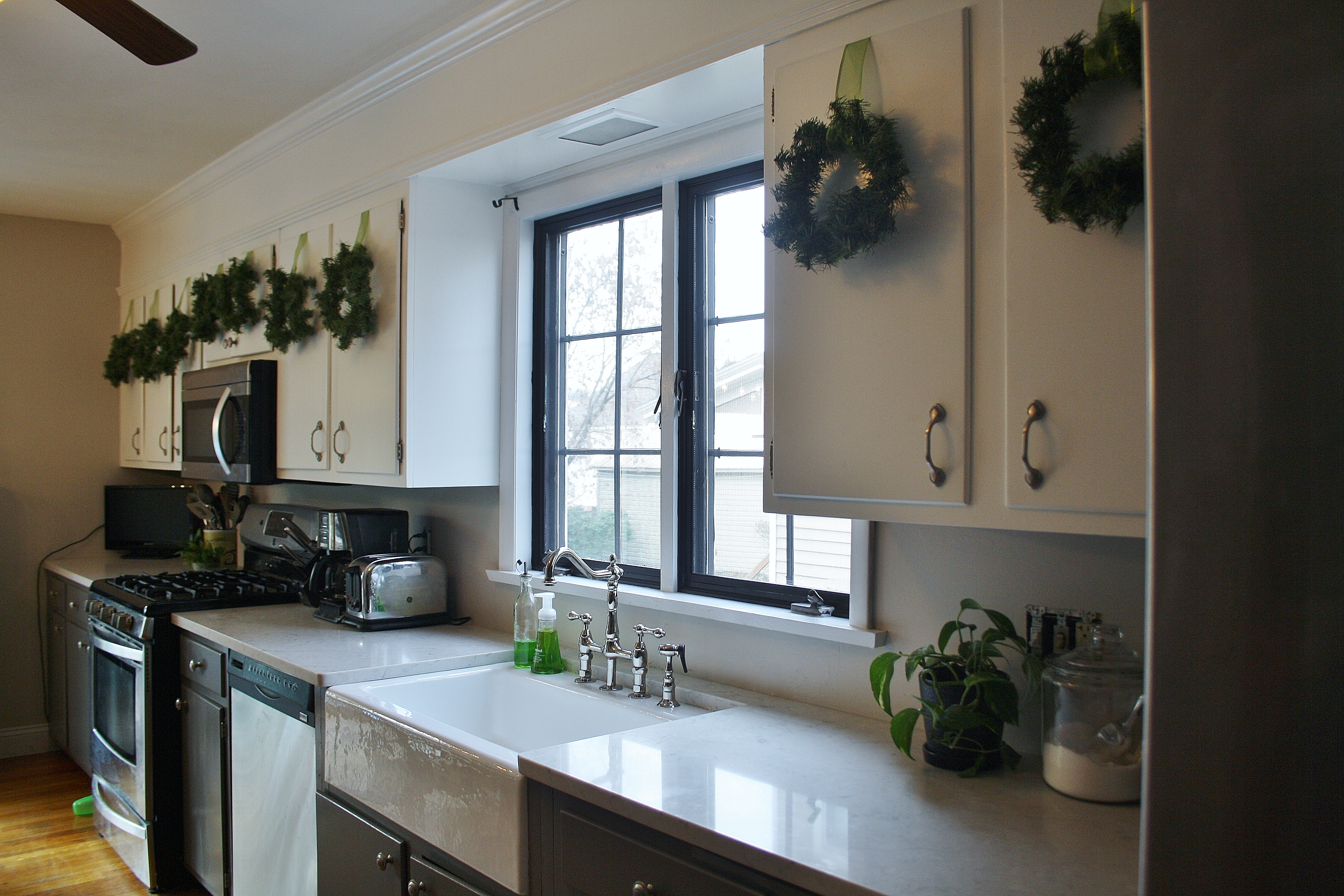 Kitchen Diy Crown Molding On A Soffit Park And Division