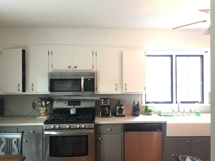 kitchen pics with white cabinets kitchen diy crown molding on a soffit park and division 8392