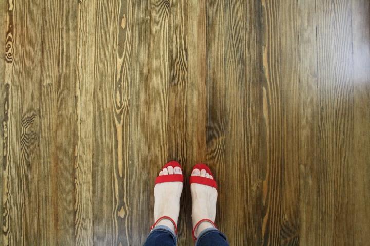 One Room Challenge Week Five: NewFloors!